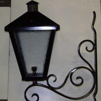 Buitenlamp met gesmede muurbevestiging